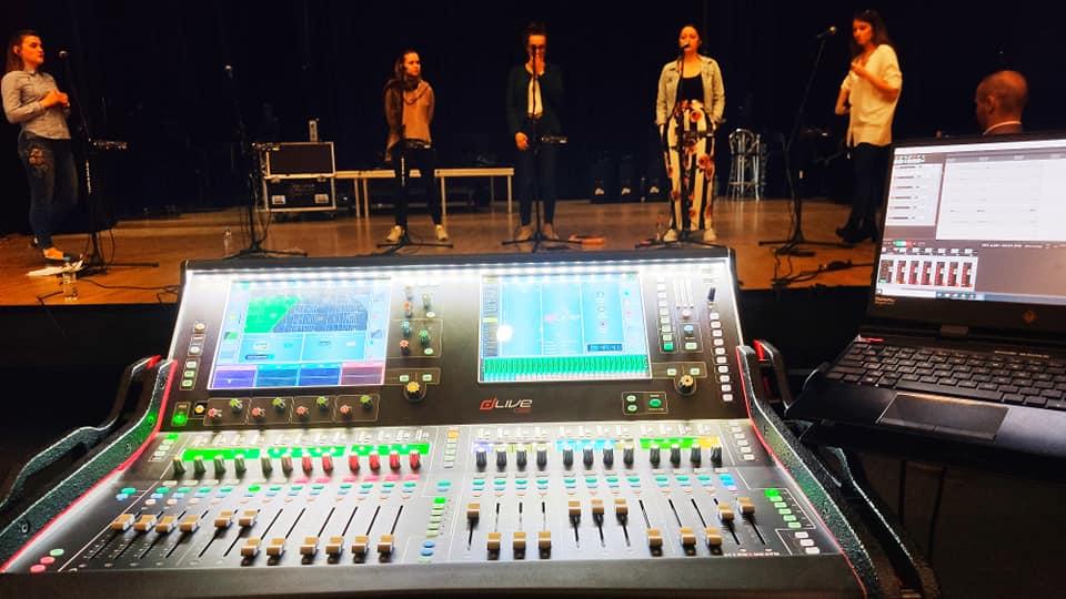 Próy przed transmisją online koncertu na żywo